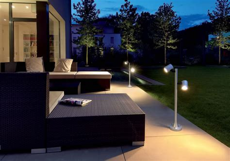 modern outdoor lighting ideas    house perfect traba homes