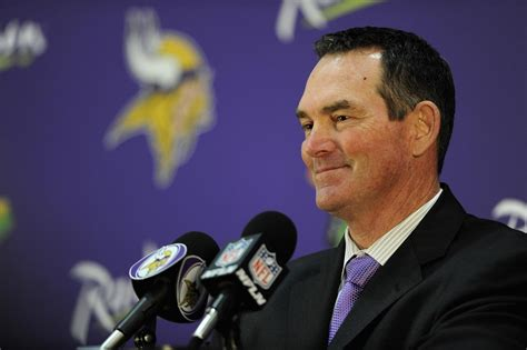 vikings couch new vikings coach mike zimmer retains mike priefer on