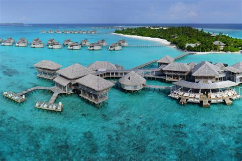 six senses laamu maldives six senses laamu resort maldives barefoot luxury hotel
