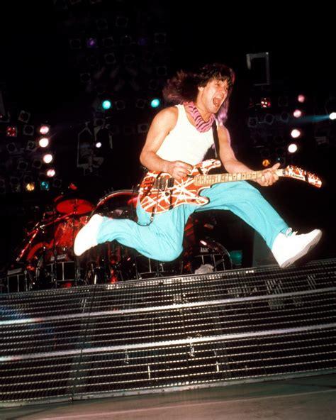eddie van halen guitarist eddie van halen 100 greatest guitarists rolling stone