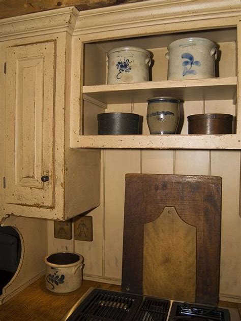 primitive kitchen cabinets 47 best primitive kitchens images on pinterest cottage