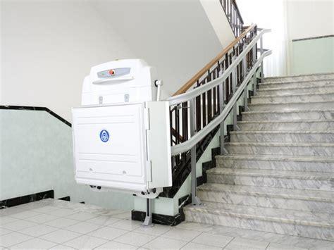 pedane mobili per scale montascale per disabili prezzi e agevolazioni ceteco