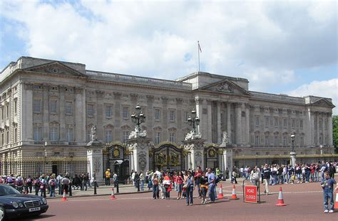 buckingham palace file buckingham palace arp jpg