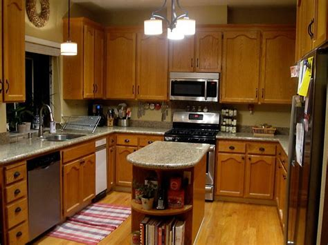 What To Clean Kitchen Cabinets With Lovely What To Use To Clean Kitchen Cabinets 4 Staining Oak Cabinets White Bloggerluv