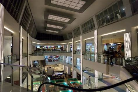 cineplex xxi cirebon inside the cirebon super block mall picture of csb
