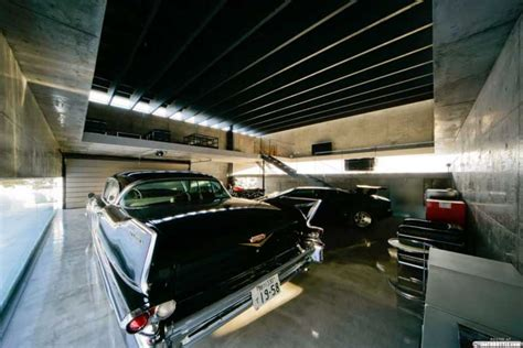 cool car garages garages cool 09 08 10 24 thethrottle
