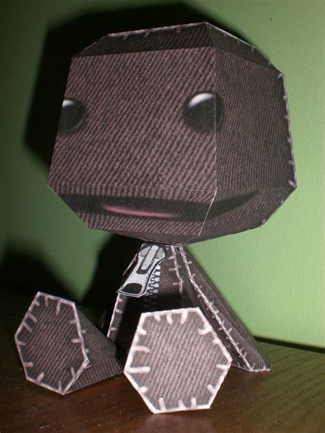 Sackboy Papercraft - sackboy papercraft by vanessablair on deviantart