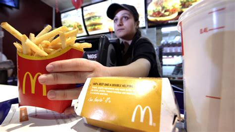 Mba Working At Mcdonalds by New Ceo Same Problems At Mcdonald S As Revenue Falls 11
