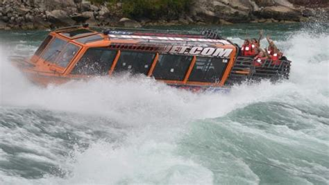 niagara falls jet boat ride ny photo1 jpg picture of niagara jet adventures youngstown