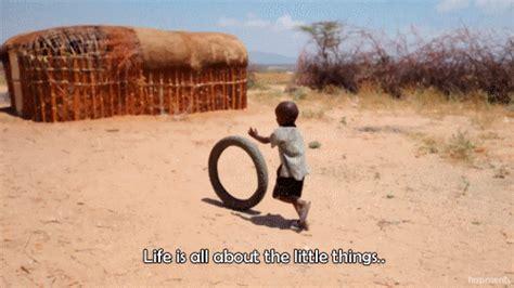 Poor African Kid Meme - surreal v 237 deo mostra como seria o mundo se ele tivesse