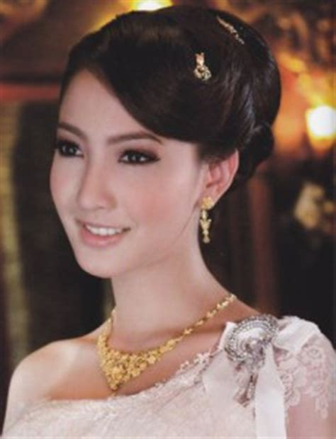 thailand womens haircuts traditional thai make up style and look sirinya s thailand