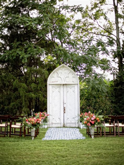 How To Build An Arbor Trellis by Wedding Altar And Aisle Decor Diy