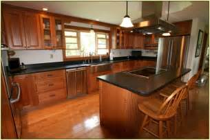 Granite Countertops With Cherry Cabinets Black Galaxy Granite With Cherry Cabinets Home Design Ideas