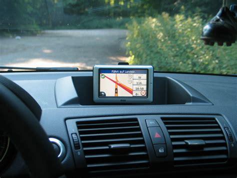 Bmw 1er Bj 2011 Navi Update by Einbausatz Navigation Portable 120d E87 Vfl Bj 08 2005