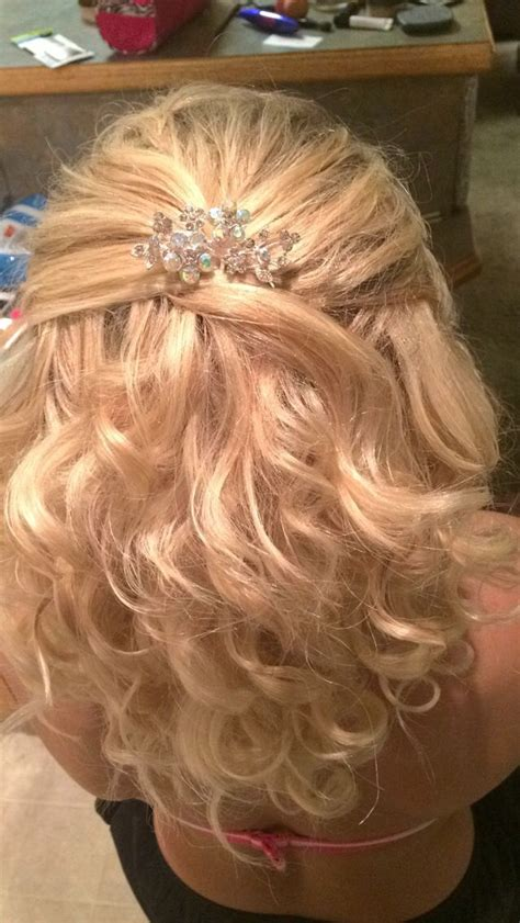 prom hair medium length half up half with strapless dress prom 2k14 hair
