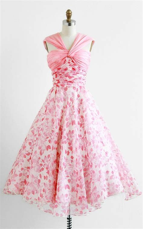 Outdoor Wedding Dresses For Flower by Flower Dresses For Outdoor Wedding Bridesmaid Dresses