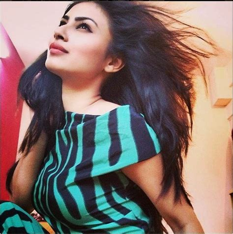 zebra biography in hindi wallpapers joo mouni roy full hd wallpaers