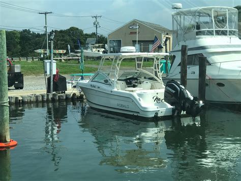 used center console boats for sale in ct robalo new and used boats for sale in connecticut