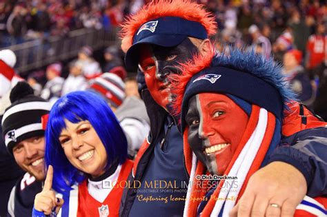 patriots fans patriots avid fans cheer for their team against colts