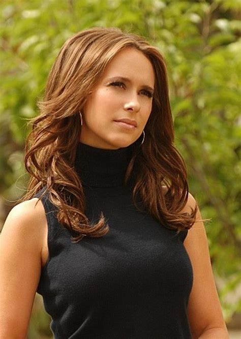 what color was melinda hair color in the ghost whisperer jennifer love hewitt picture jennifer love hewitt