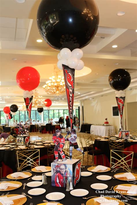 themed table centerpieces sports themed centerpieces balloon artistry