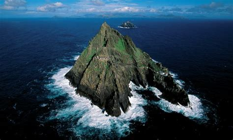 Wars Rabel Rest Abu Abu where was wars the awakens filmed skellig