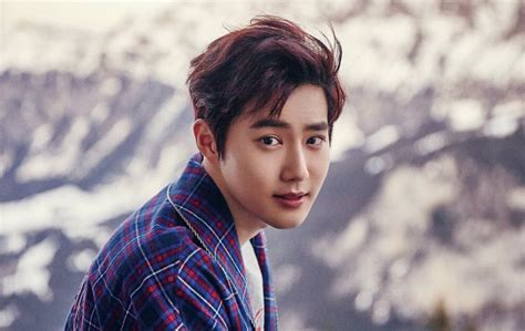film exo member exo s suho confirmed to star in film adaptation of popular
