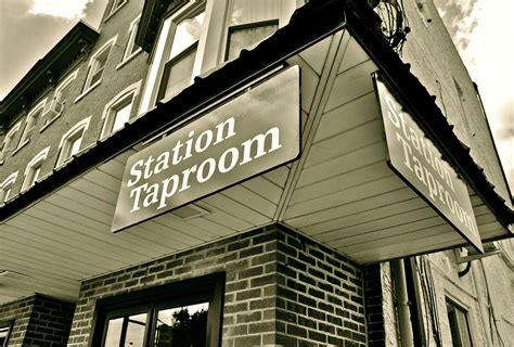 station tap room station taproom downingtown pa favorite places spaces pintere