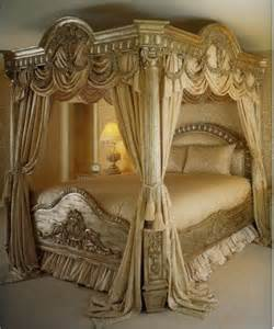curtain elegant bedroom