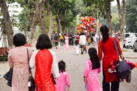 visiting thailand during new year visiting hanoi during tet lunar new year