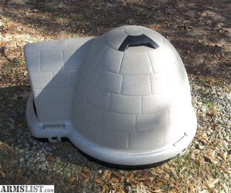medium igloo dog house armslist for sale igloo dog house
