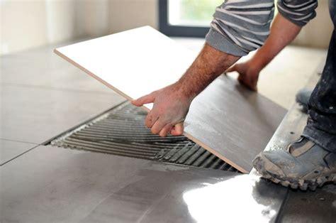 livellare pavimento il prezzo e la posa dei pavimenti in ceramica
