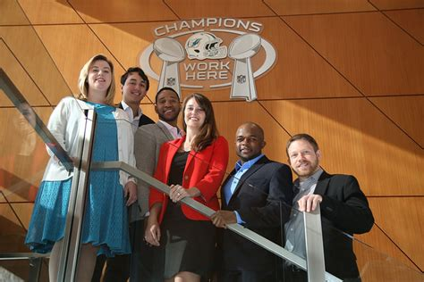Mba Miami Conference by Ross Mba Students Design Miami Dolphins