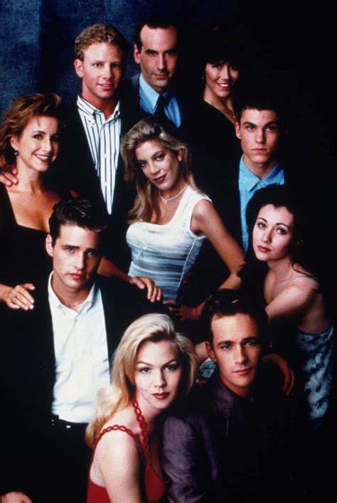beverly hills 90210 original cast of now beverly hills 90210 cast today from luke perry to shannen