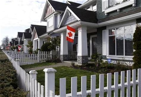 canada housing analysis canada braces as housing slowdown takes hold reuters
