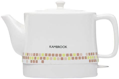 Teko Listrik Keramik teko yang dipilih