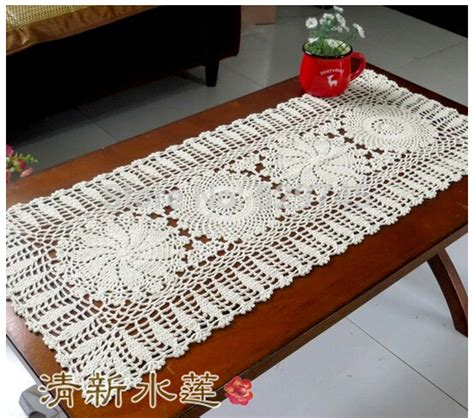 2014 new chrismas gift handmade crochet flowers tablecloth