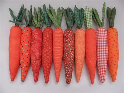 How To Make A Windowsill Easter Carrots The Sewing Wren