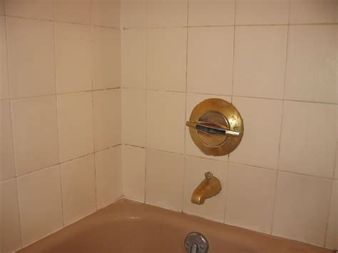 bathtub grout repair regrout bathtub 28 images how to regrout your shower