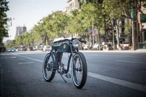 E Bike Cafe Racer by Oto Cycles   BikeBrewers.com