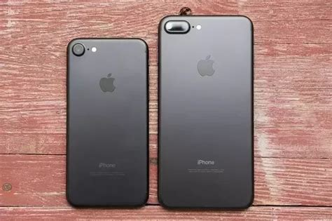 should i get the iphone 7 or the iphone 7 plus quora