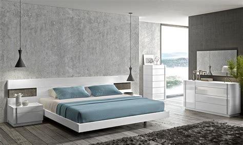 Platform Bed With Floating Nightstands Cool Floating Platform Bed For Your Bedroom