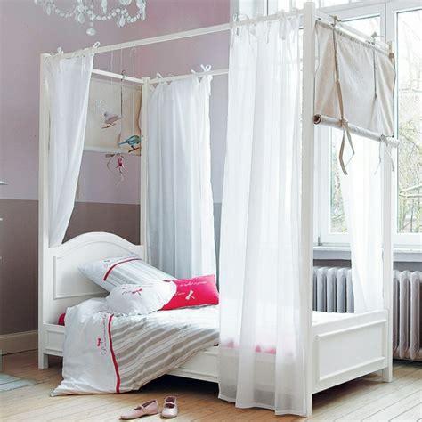 Délicieux Idee De Deco Pour Chambre Ado Fille #9: Lit-baldaquin-enfant-ado-decoration.jpg
