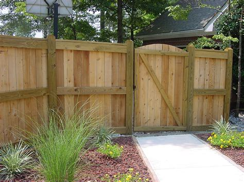 backyard wood fence photo gallery
