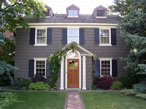 1920 s colonial style home houses and homes paint colors home siding and style