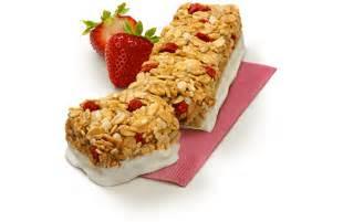 yogurt granola bars strawberry