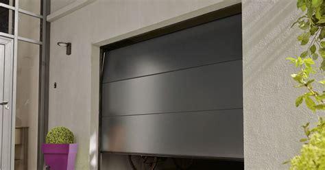porte de garage par leroy merlin