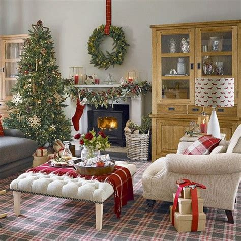 christmas home interiors 1000 ideas about christmas room decorations on pinterest