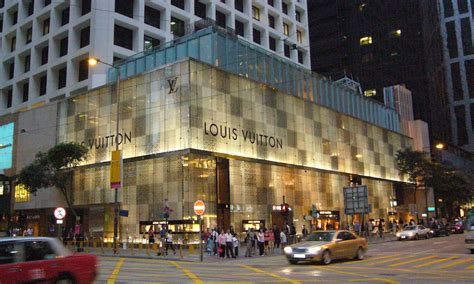 landmark hong kong new year louis vuitton hikes up prices on iconic bags