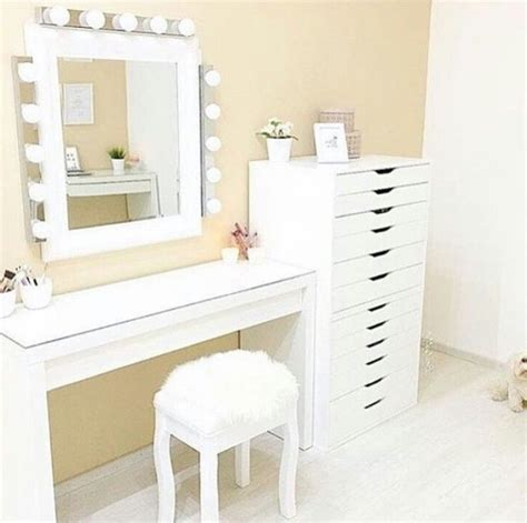 ikea vanity table with mirror and bench best 25 ikea dressing table ideas on pinterest ikea vanity